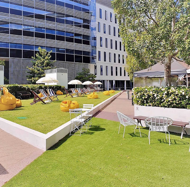 Rhodes Corporate Park Outdoor Spaces